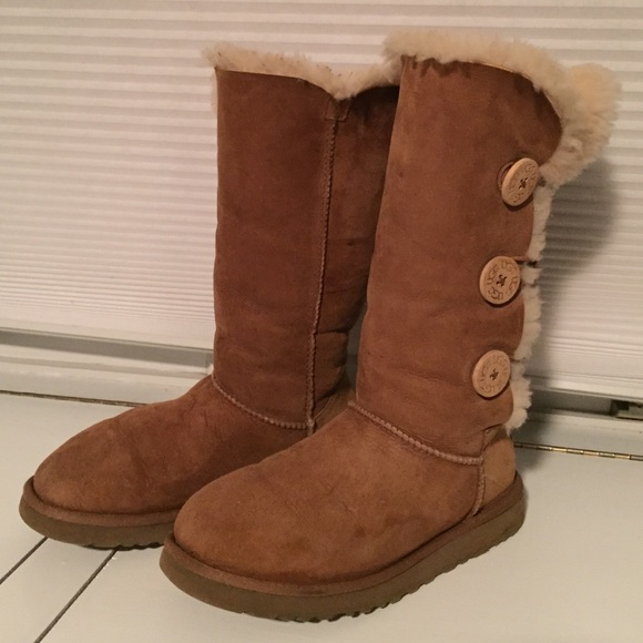 64% off UGG Shoes