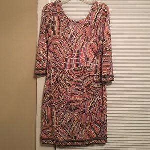 Trina Turk Dresses - Trina Turk geo print quarter length sleeve dress