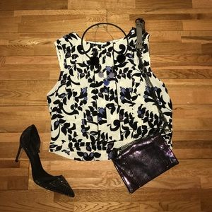 Forever 21 floral cropped tank medium