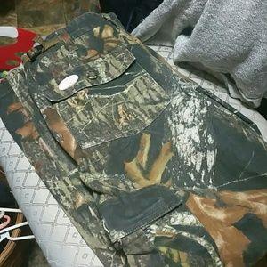 Mossy Oak hunting pants