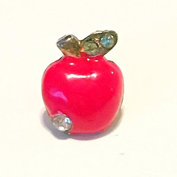 Jewelry - 👂🏼Apple Post Earrings 🍎