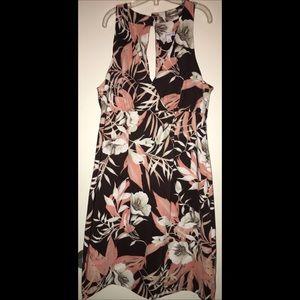 Dress Barn Floral pretty Dress 🌸🌼🌺🌷