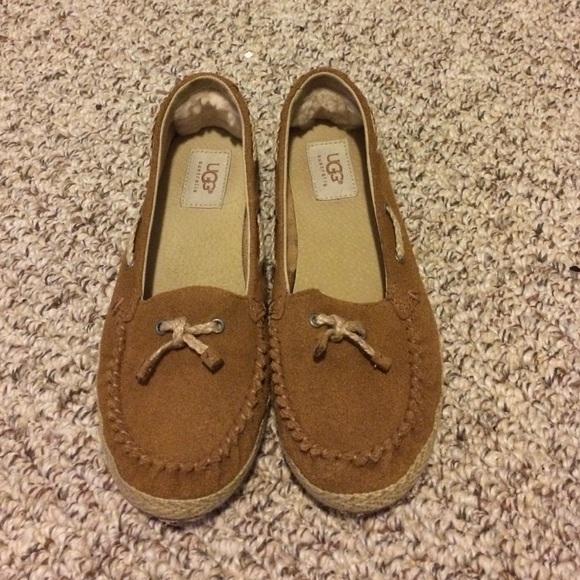 ebdf289cd1c Youth Price Tan Size Poshmark Shoes Drop Ugg 5 Loafers Flats 85WwSxqO