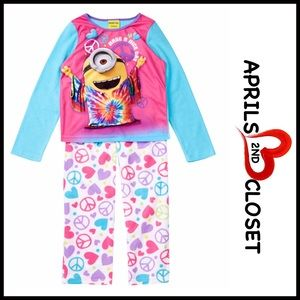 AME Other - MINIONS FLEECE PAJAMAS SET Little Girls