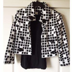 Grace Elements Jackets & Blazers - ✨Black and white blocked blazer✨
