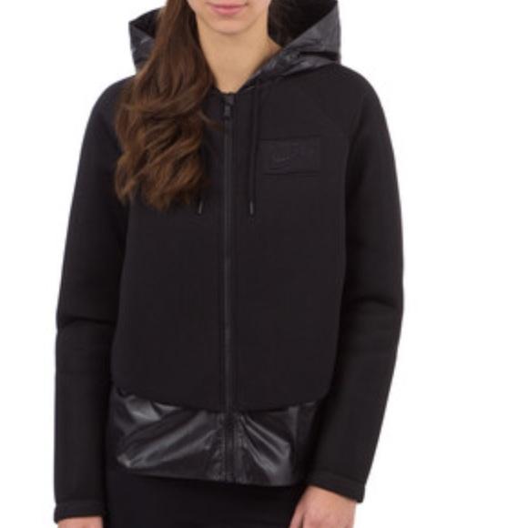 ed8e8a2ff035 Nike black hooded jacket Sz lg NWT