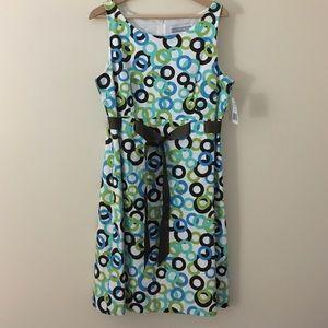 Jessica Howard Dresses & Skirts - Jessica Howard 16 sleeveless A-frame dress