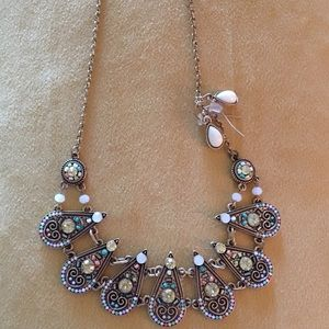 Unbranded Jewelry - 🎉🎉VINTAGE INSPIRED STATEMENT NECKLACE W/EARRINGS