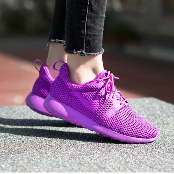 33589d156a30 🌷New🌷 NIKE women s Roshe One Hyp BR ~ 10