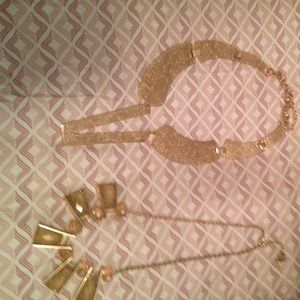 Set of gold tone necklaces