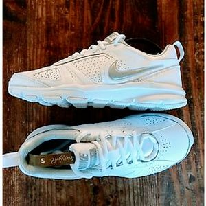 Nike Shoes - *NEW- FINAL* Women's Nike Air Max