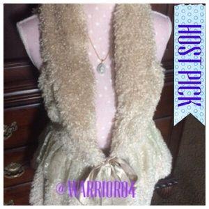 Ryu Jackets & Blazers - Cream Sleeveless Furry Jacket Satin Bow NWOT