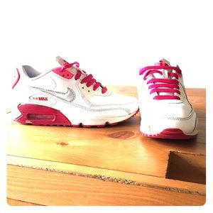 Nike Shoes - Limited edition Nike air max