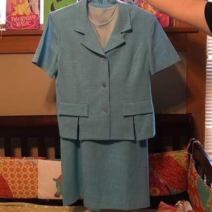 Sag Harbor Dresses & Skirts - Blue skirt suit