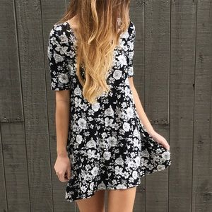 | new | short sleeve floral dress