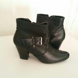 Nine West Chunky Heel Boot