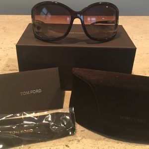 Tom Ford Accessories - TOM FORD SUNNIES 😎
