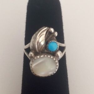 🌿Vintage🌿Sterling Silver Native Ring