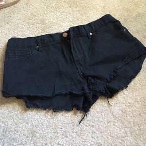 Black shorts-forever 21. Size 28
