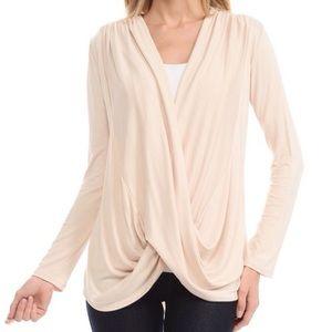 Bellino Clothing Tops - Sale New! ‼️Bellino Surplice Top