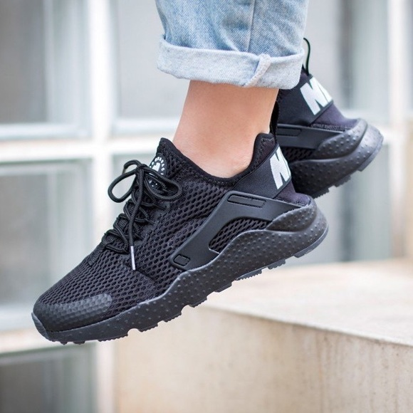 san francisco 17664 01f55 Women s Nike Air Huarache Run Ultra Breathe Black