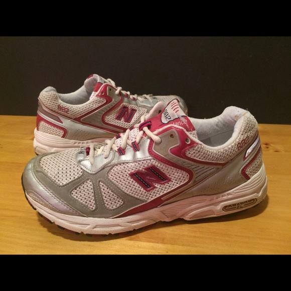 Memorizar oriental Mes  New Balance Shoes | Womens Size 1 New Balance 882 B Width Shoes | Poshmark