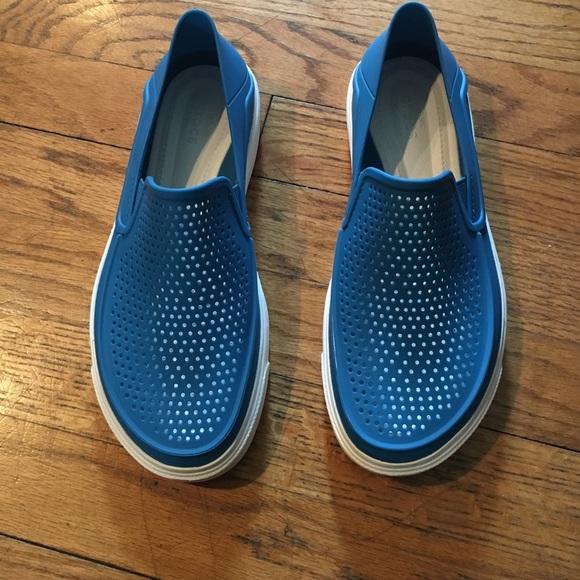 Single Shoe Pic Of Black Crocs To Print