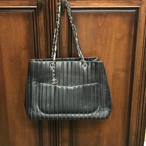 CHANEL MADEMOISELLE LIGNE TOTE