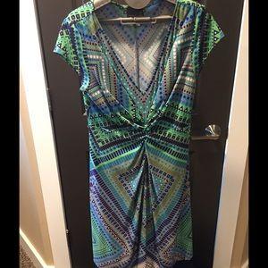 Muse Refined Dresses & Skirts - Gorgeous figure flattering dress