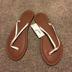 jcpenney Shoes - New white flip flops perfect for cruising