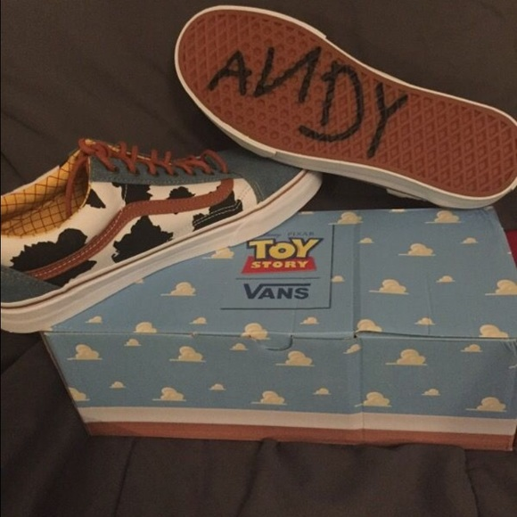 Vans Shoes | X Toy Story Old Skool Size