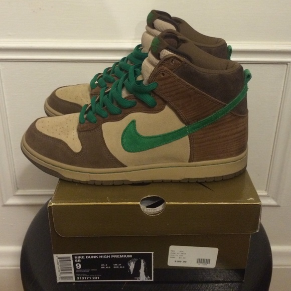 cheaper 6f79c 16d4e Nike Dunk High SB