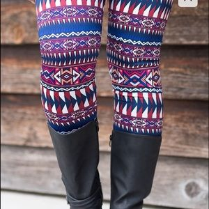 Pants - HP 11/21 Aztec Fleece Leggings