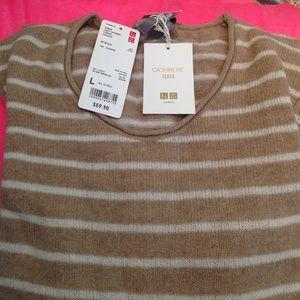 Uniqlo 100% Cashmere sweater. NWT