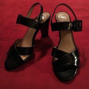 Nurture by Lamaze Shoes - Black Patent Leather Sandals