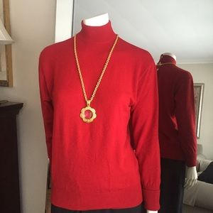 Auth CHANEL  3 ply sweater