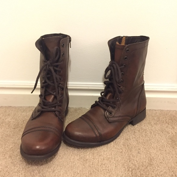 Steve Madden Shoes - BRAND NEW Steve Madden Troopa boot, sz 8