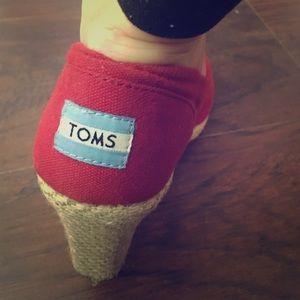 Tom's wedges
