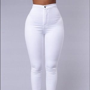 New high-waisted white skinnies