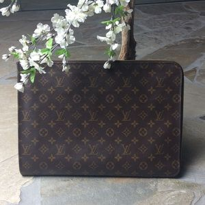 Louis Vuitton Handbags - 🆕 LV Portfolio/Document Holder