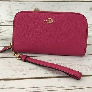 Coach Handbags - Coach Wallet Wristlet