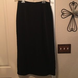 Dress Barn Dresses & Skirts - 🔥Dress Barn size 12 with a slit in the back