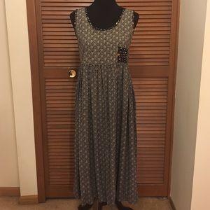 Karen Kane Dresses & Skirts - Karen Kane dress size 6 petite Black and white