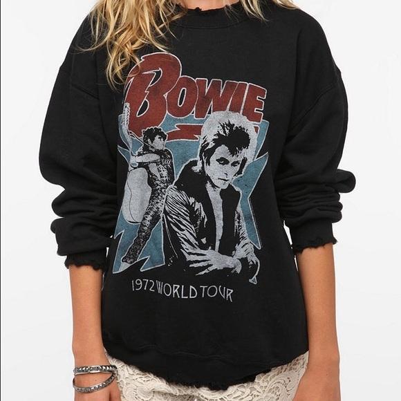 83796ca3c5 Destructed David Bowie Crewneck Sweatshirt. M 5833eb7a6a58308af900fff7
