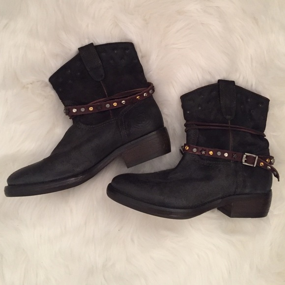 official photos 27bd3 59870 Brand New Catarina Martins Genuine Leather Boots