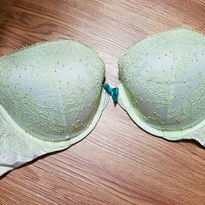 VS very sexy push-up bra 36D