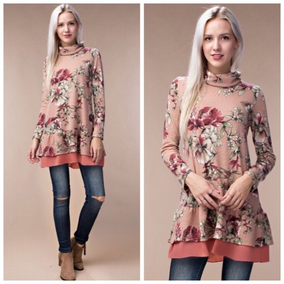 84% off Boutique Sweaters - ❗️CLEARANCE❗️Dusty Pink Floral ...