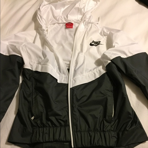 6ca182b03 Nike Jackets & Coats | Windrunner Womens Jacket | Poshmark