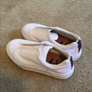 Eytys Shoes - Eytys white sneakers.