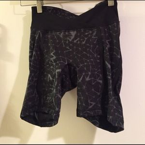 lululemon athletica Pants - Lulumon padded cycle shorts. Never used!